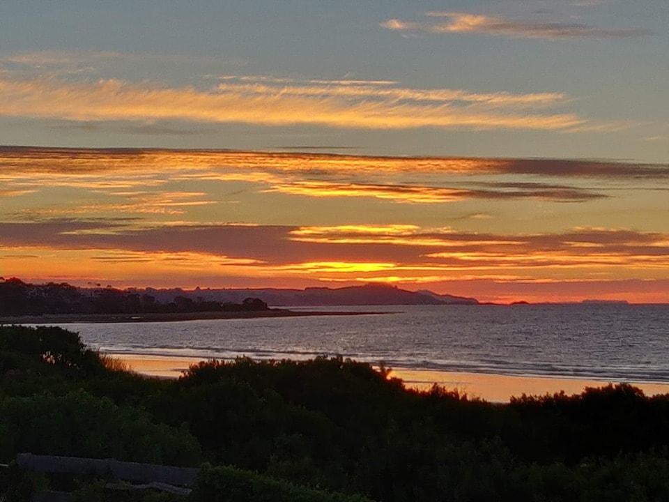 Pretty tassie image of sunset